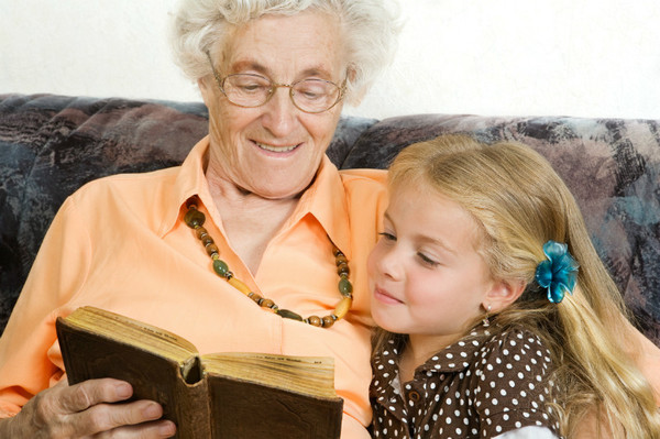 фото баба с внучкой